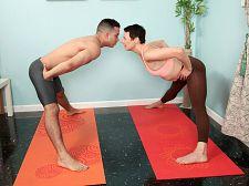 Very hawt yoga