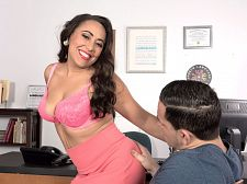 Gabriella Sky's handsome oral-job skills