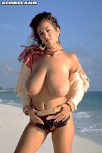 Devon Daniels, Big breasted Legend